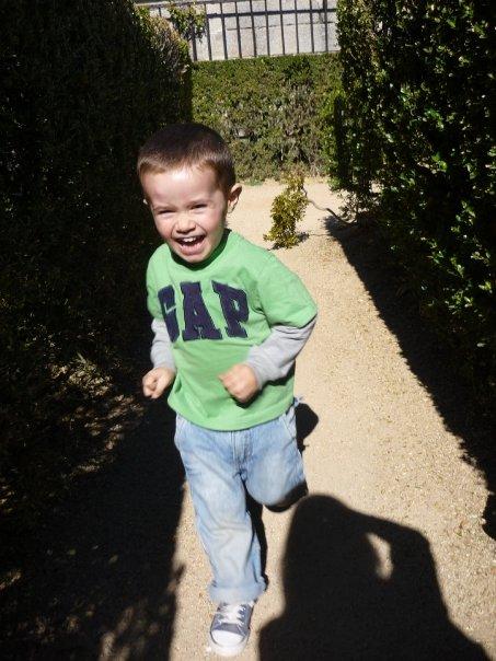 Corriendo por los jardines :)