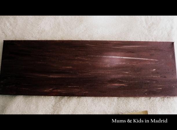 Nuestra tela pintada en marrón
